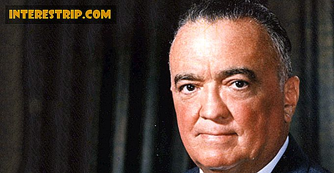 32 Fapte Top Secret Despre J. Edgar Hoover