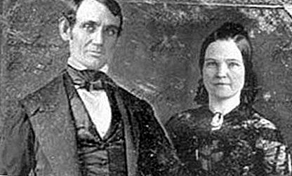 This Day in History: 4 - November Lincoln en Todd