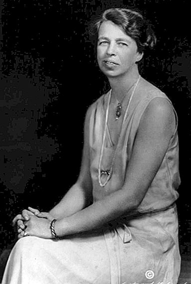 This Day in History: 7 november - The Death of Eleanor Roosevelt